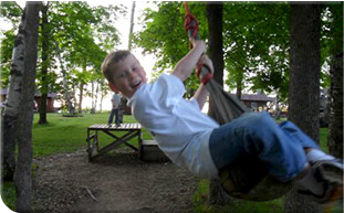 playgroundequipment_swing2-u7417